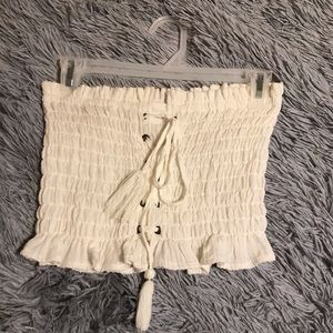 American Eagle cropped ruched lace up top
